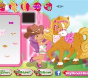 Strawberry' s Pony Caring